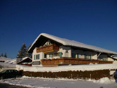 Wiesenhof_winter-haus